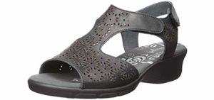 Propet Women's Winnie - Dress Sandal Sandal For Walking All Day