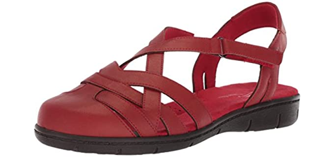 Easy Street Women's Garrett - Long Toe Flat Sandals