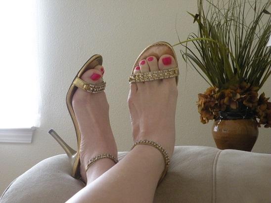 Show Off Your Cute Pedicure, Wear Sandals