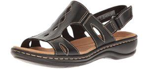Clarks Women's Lakelyn Flat - Podiatrist Recommended Sandals
