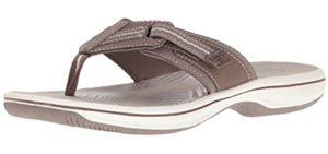 Clarks Women's Brinkley - Flip Flop for Narrow Feet