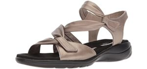 Clarks Women's Saylie Moon - Casual Sandals for Elderly Feet