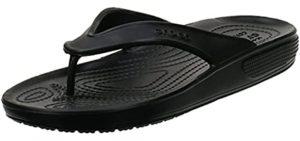 Crocs Men's Classic - Showering Flip Flop