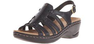 Clarks Women's Lexi Marigold - Sandals for Plantar Fasciitis